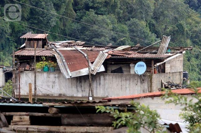 Lluvias obstaculizan reparación de daños por huracán Grace