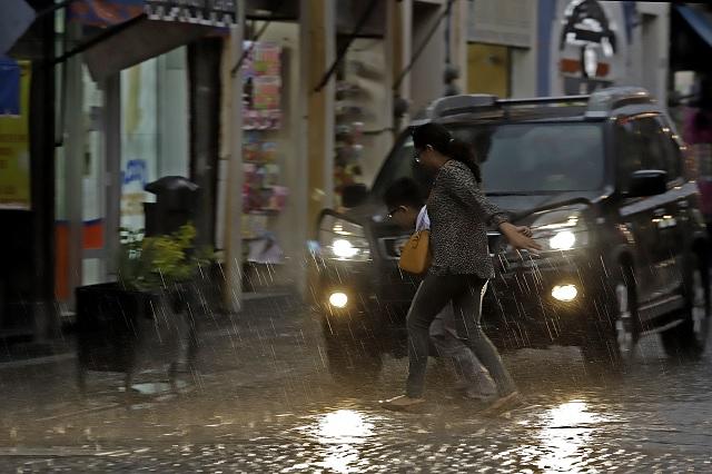 Alerta SGG ante lluvias y viento en centro y sierras de Puebla