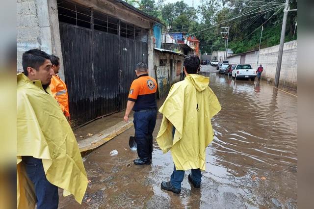 Fuertes lluvias dejan inundaciones en Teziutlán