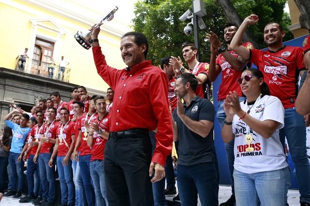 Lobos BUAP renegocia con Televisa transmisión de sus partidos: Esparza