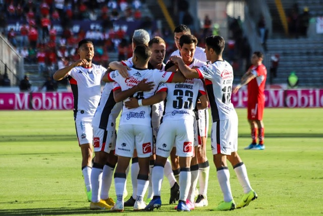 Lobos se despide del torneo dignamente; Puebla, un desastre