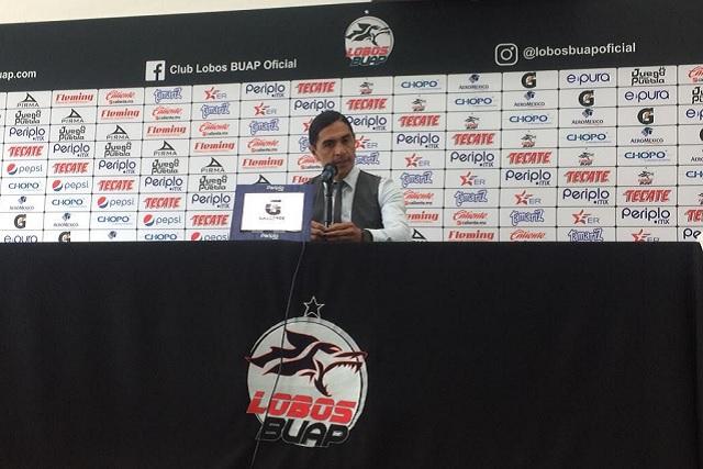 Aunque Chivas empató a Lobos, Palencia está feliz por sumar de a uno