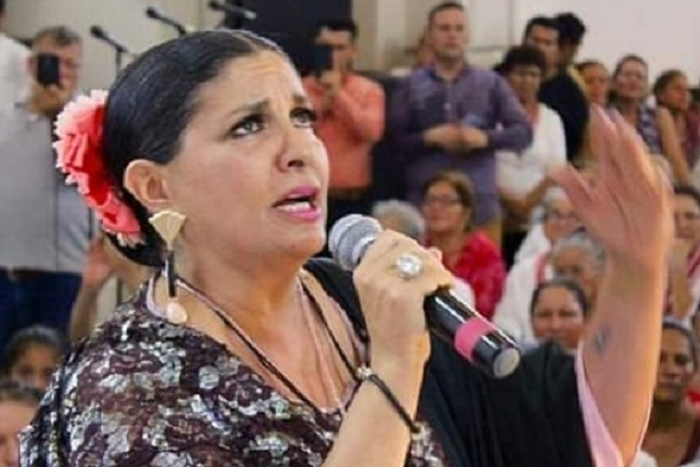 Hija de Lola Beltrán da detalles del abuso que sufrió a manos de su primo