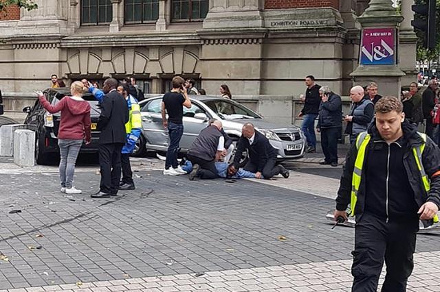 Descarta Londres ataque terrorista en atropellamiento de 11 británicos