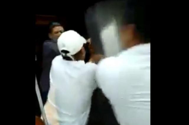Un sujeto destruye taquería en Tlalpan y lo bautizan como #LordTacos