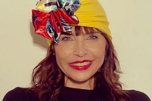 Extirpan tumor a la actriz Lorena Meritano