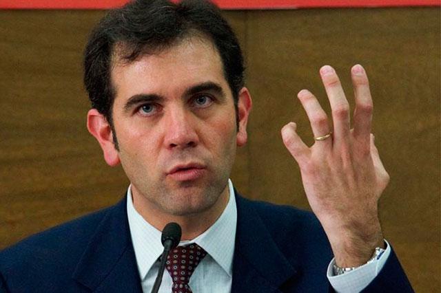 Ni modo, hacer elecciones es caro, revira Córdova a críticos