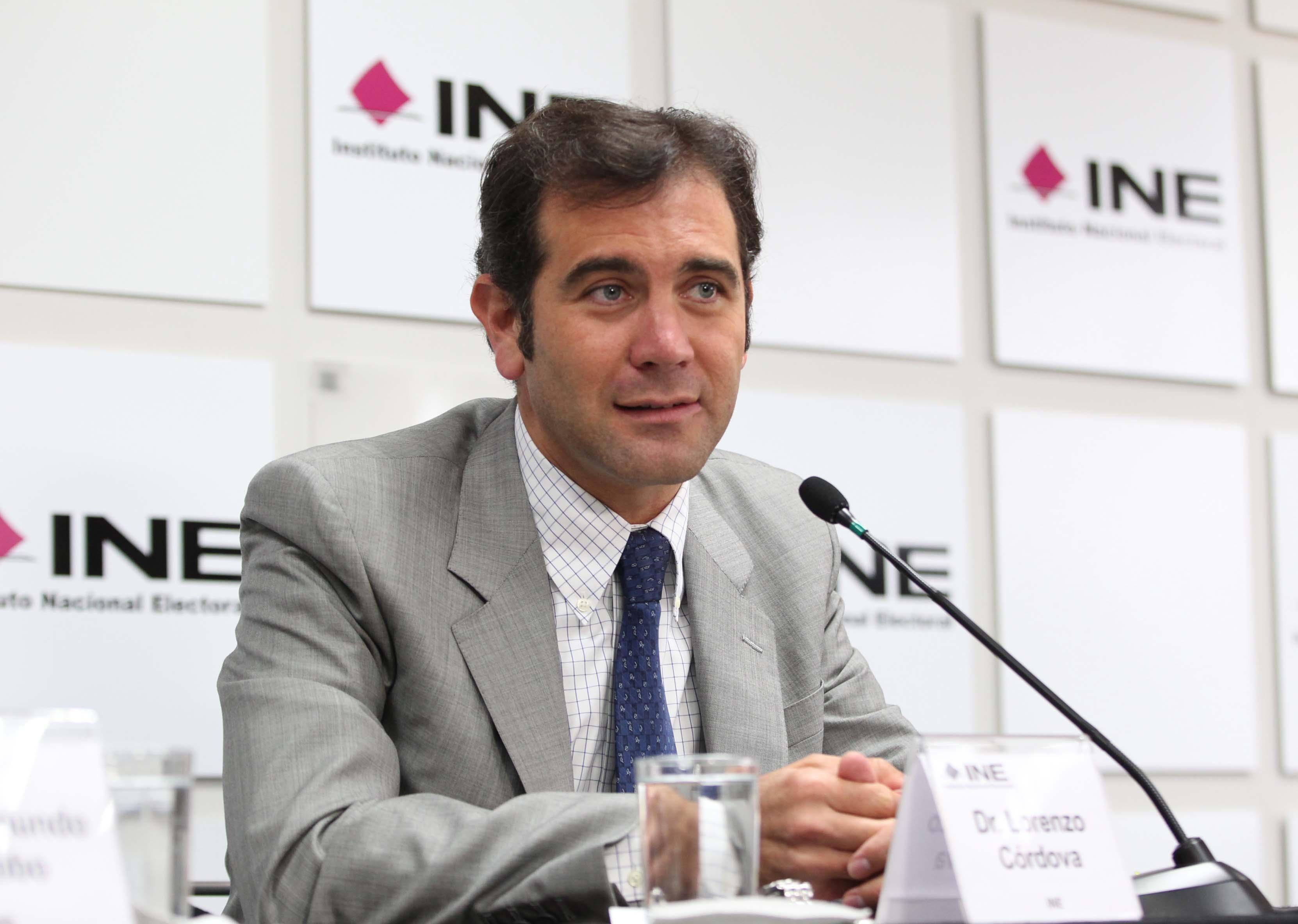 INE reduce monto de rebase de Riquelme en Coahuila