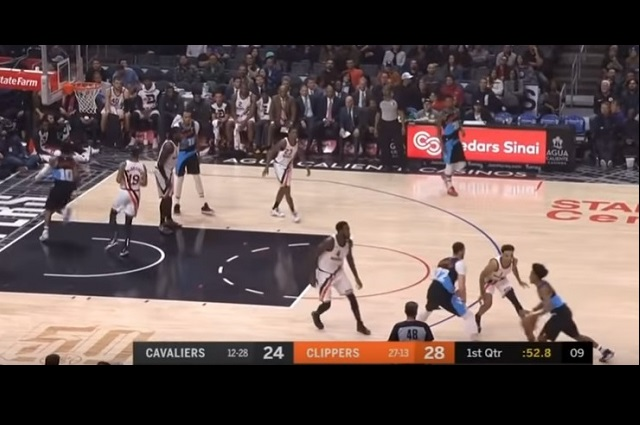 Clippers de Los Ángeles le gana 128-103 a los Cavaliers de Cleveland