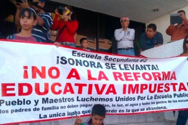 La SEP despide a 3 mil 119 profesores que están en paro nacional