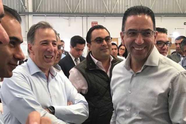 Javier Lozano adelanta que panistas rebeldes podrían votar por Meade