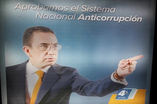 Pide INE sancionar a Javier Lozano el día en que llega al Senado
