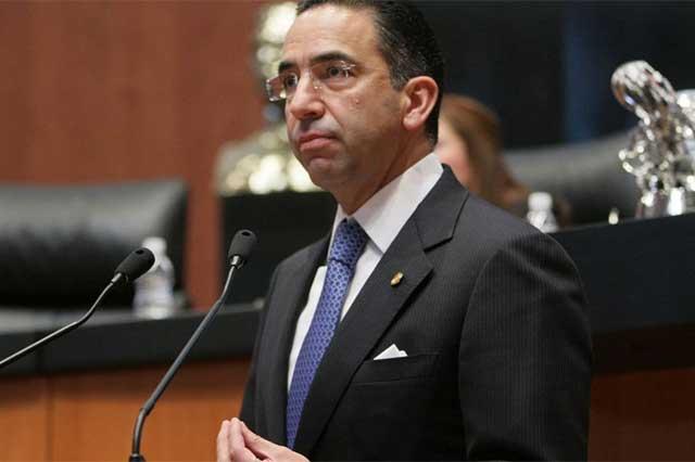 Lozano afirma que el fallo del juez no exonera a Anaya de explicar su patrimonio