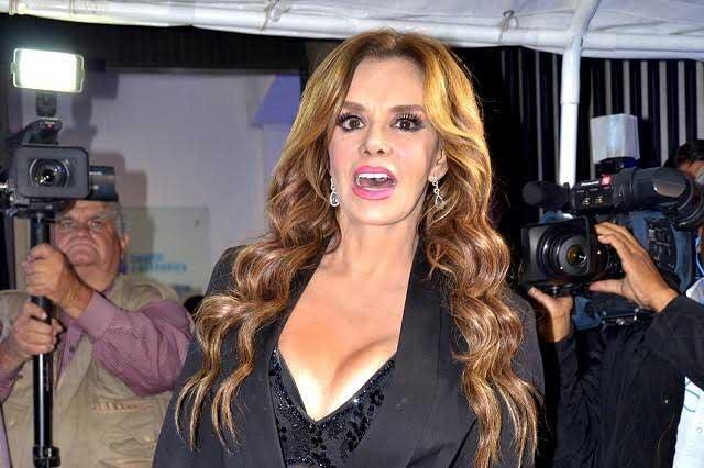 Lucía Méndez admite que se realizó cirugías