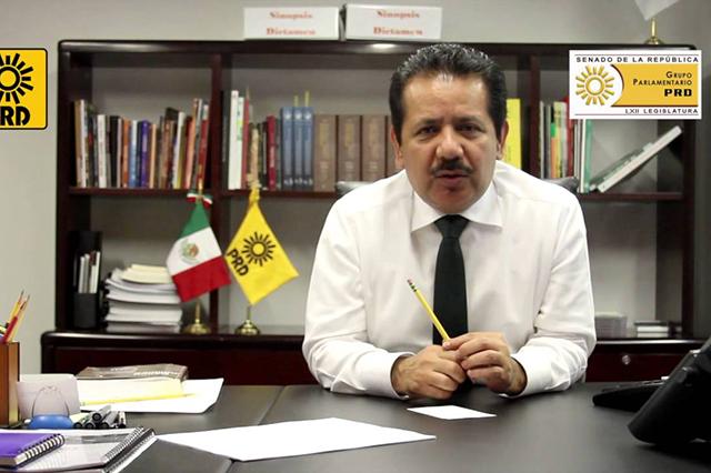 PRD exige investigar venta de televisores que tienen el eslogan Mover a México