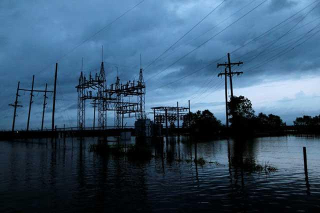 Harvey llega con lluvias torrenciales a Luisiana y provoca inundaciones