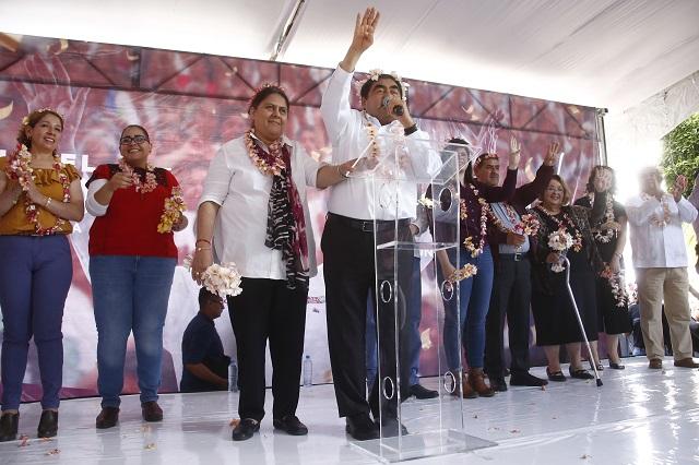 Recibo un estado con dificultad económica, afirma Barbosa