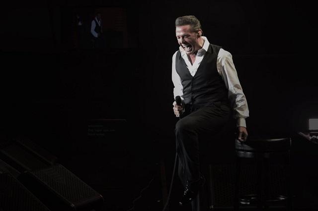 VIDEO Luis Miguel vuelve a tener problemas con el sonido en concierto