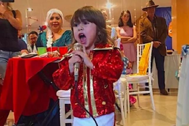 Niña pide disfrazarse de Luis Miguel en su cumpleaños y causa sensación