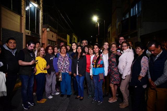 Gobierno capitalino entrega nuevas luminarias en colonia Chula Vista