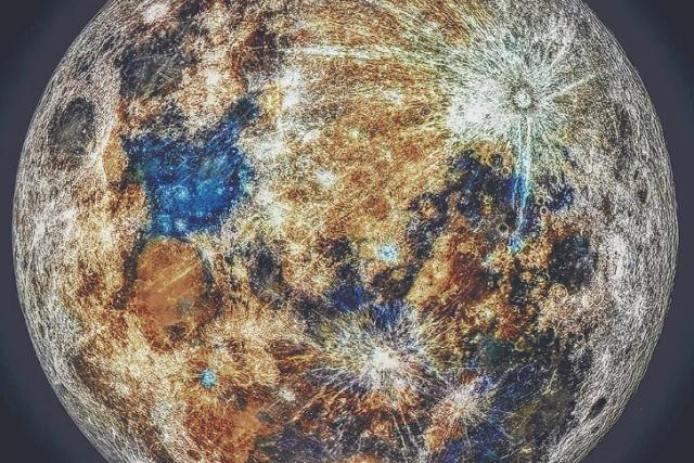 Astro fotógrafo muestra por primera vez los colores de la Luna