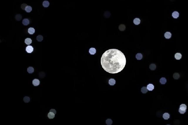 Así se vio la Luna de nieve en Puebla