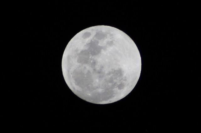 Este domingo es la Luna azul: ¿Qué es y cómo verla?