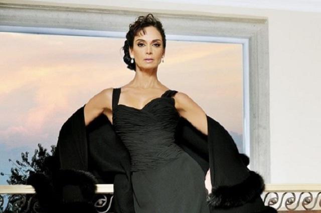 Lupita Jones invita a las concursantes de Miss Universo a cultivarse