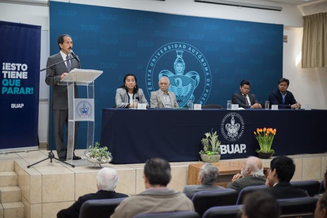 Inaugura Esparza Ortiz el II Congreso Internacional de la Luz, Ciencia, Arte