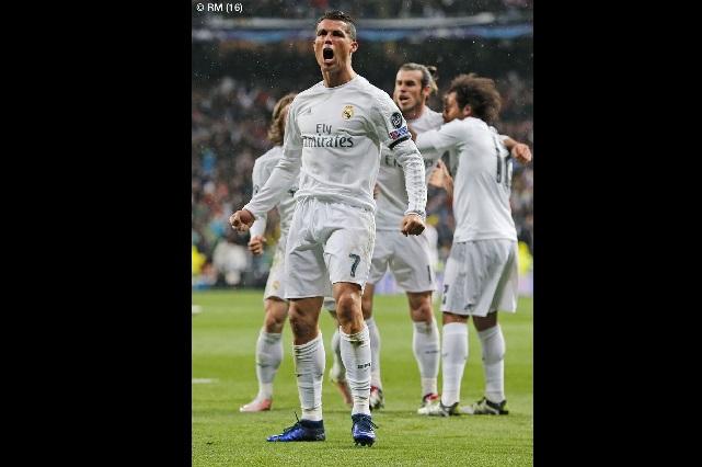 Hat-trick de Cristiano Ronaldo pone al Real Madrid en semis de la UCL
