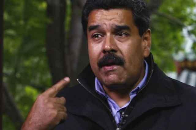 Nicolás Maduro lee obscenidad contra su persona en cadena nacional