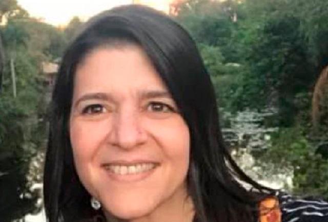 Muere maestra mientras daba clases virtuales vía zoom