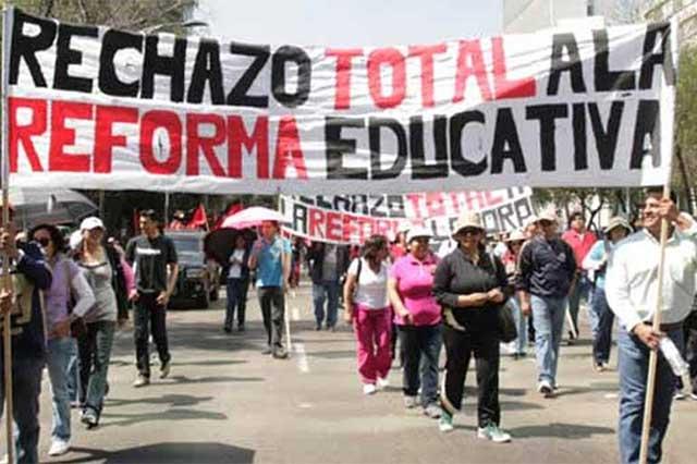 Aurelio Nuño alista el despido de 4 mil 300 maestros