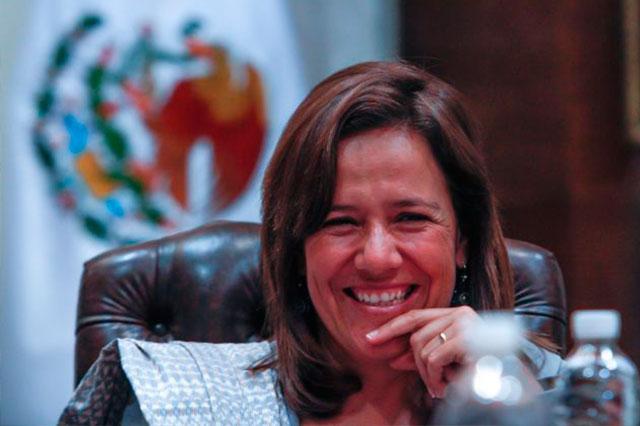 Margarita Zavala le da las gracias al embajador cesado que la respaldó