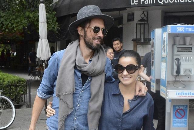 Captan a Maite Perroni y Koko Stambuk enamorados y de paseo