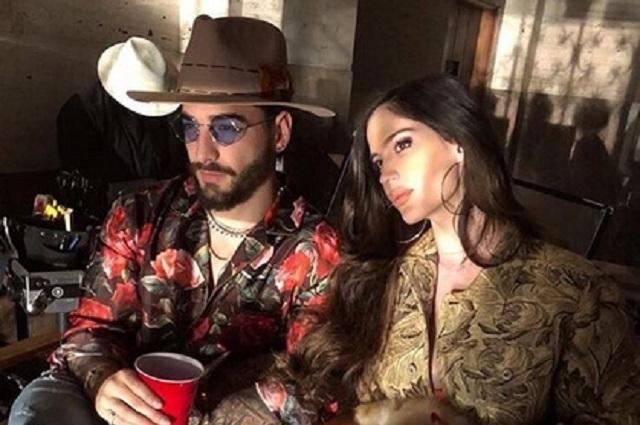 ¿Maluma se casó en secreto con Natalia Barulích?