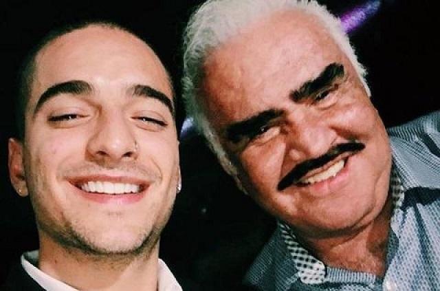 Maluma tienta a Vicente Fernández para que regrese