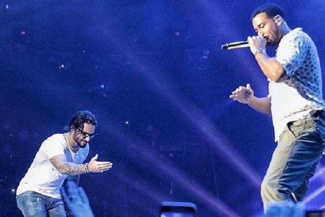 Romeo Santos y Maluma agarran a besos a sus fans en pleno escenario