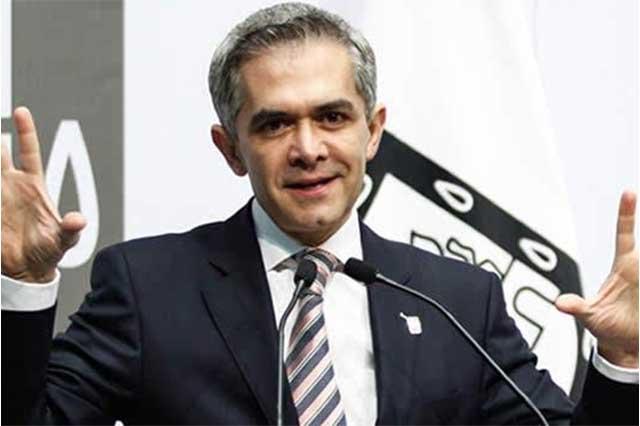 Usted disculpe, dice Mancera a la ciudadanía por el Hoy No Circula general
