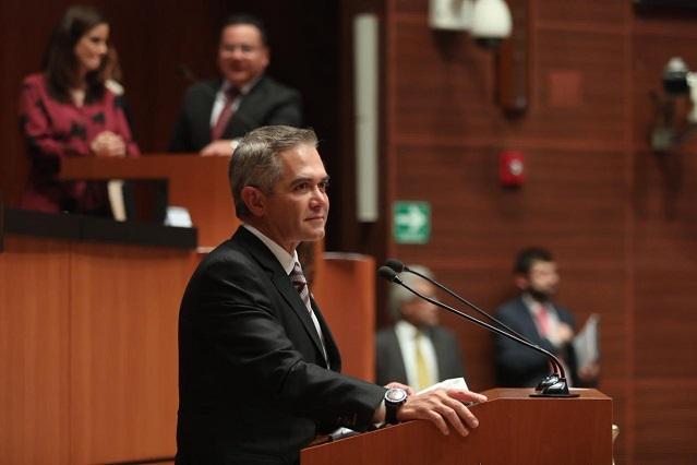 Mancera considera que no es viable la iniciativa sobre comisiones bancarias