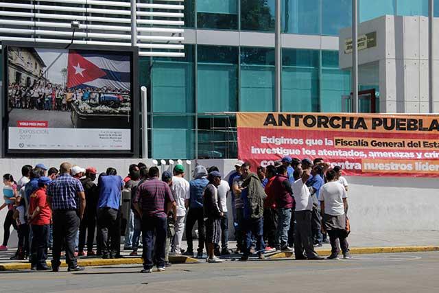 Respetar derechos de terceros, pide edil Banck a Antorcha Campesina