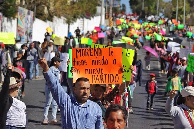 Antorcha desquicia Puebla y exige registro de partido político