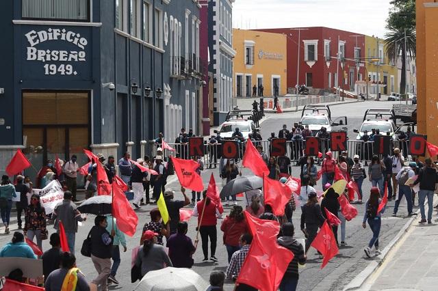 Protesta Antorcha contra Barbosa en Puebla, CDMX y 8 estados más