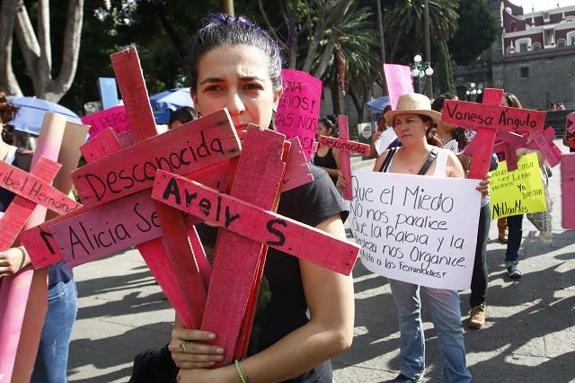 Urgen franquiciatarios a EPN a decretar la alerta de género en el estado de Puebla