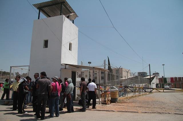 Crece dinero en Ceresos poblanos, faltan custodios y hay más riñas