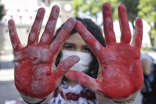Desaparecen y asesinan en Puebla a 3 mujeres en 15 días