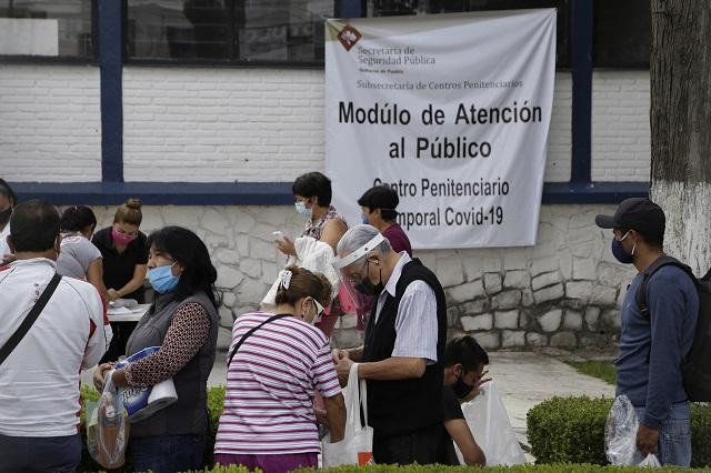 Dan de alta a 16 internos de penal Covid en Puebla