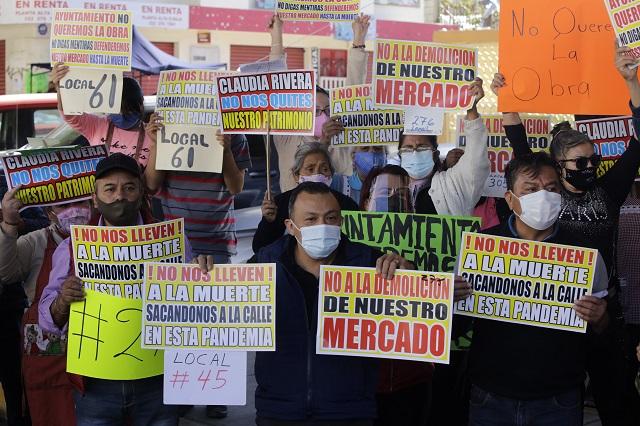 Locatarios del Mercado Amalucan niegan autorizar remodelación
