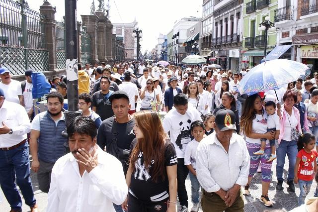 Protestan ongs contra gestión de Rivera Vivanco