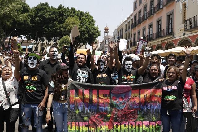 Marchan sexoservidoras, activistas y sonideros contra inseguridad